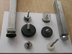 Regatones y niveladores con rotula
